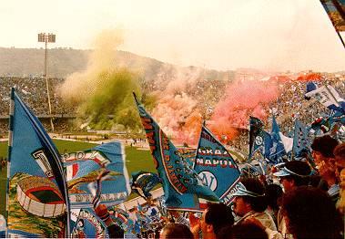 Immagini Di Diego Armando Maradona A Napoli